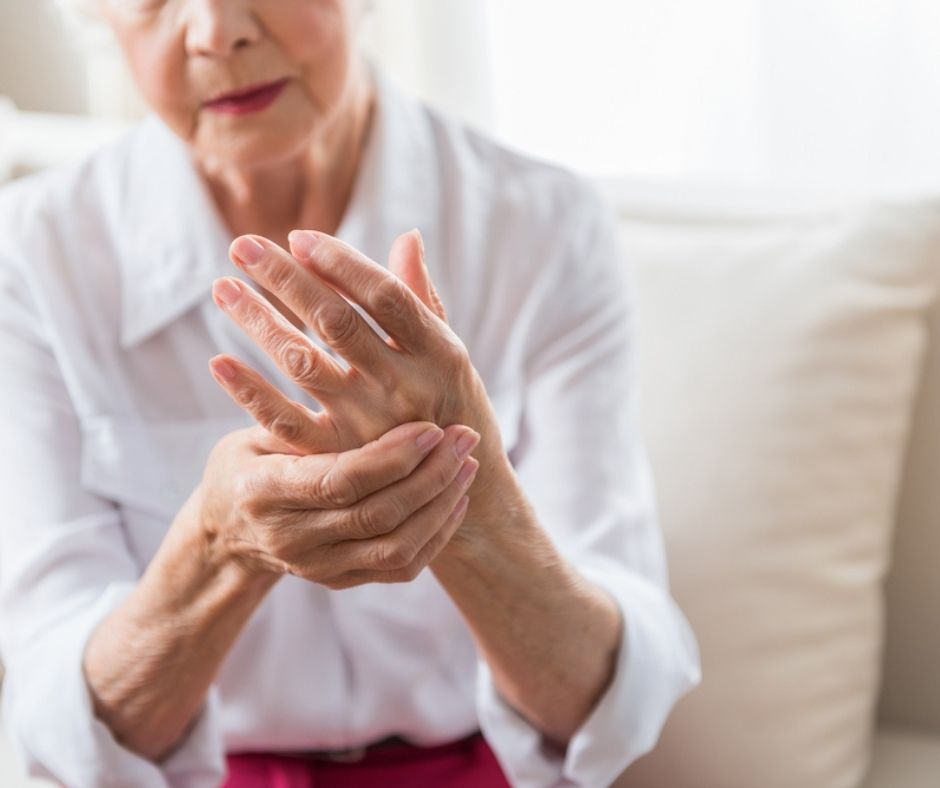 Swollen hand joints